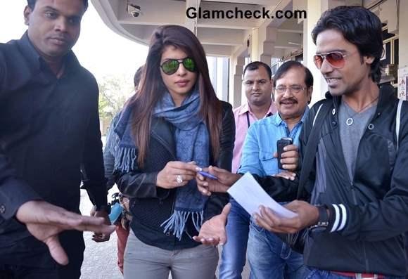 Priyanka Chopra stylish at Jodhpur Airport 2013