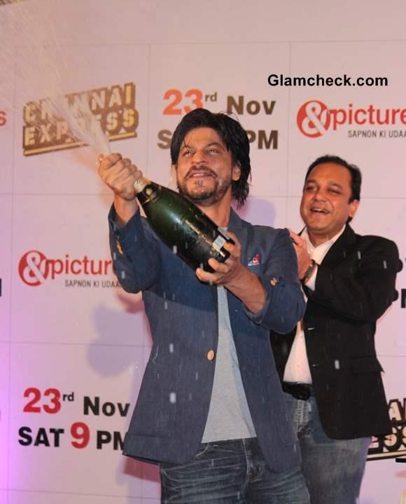 Shahrukh Khan Celebrate Chennai Express Success with Zee TV
