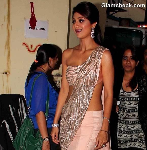 Shilpa Shetty In Gaurav Gupta during Diwali celebration on Nach Baliye 6