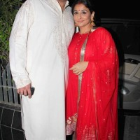 Siddharth Roy Kapur along with his wife Vidya Balan at Aamir Khan Diwali Party