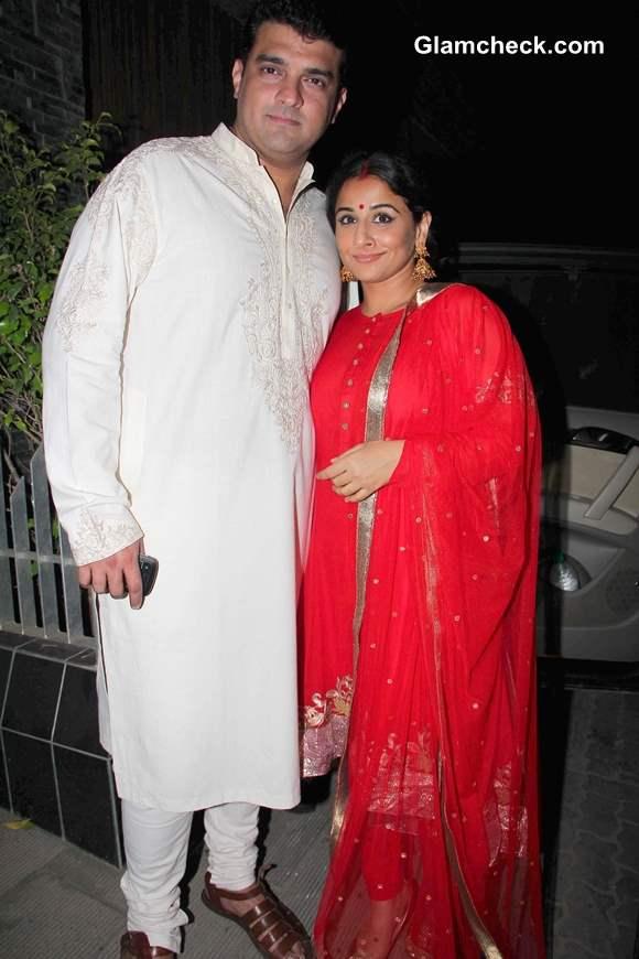 Siddharth Roy Kapur along with his wife Vidya Balan  at Aamir Khan Diwali Party