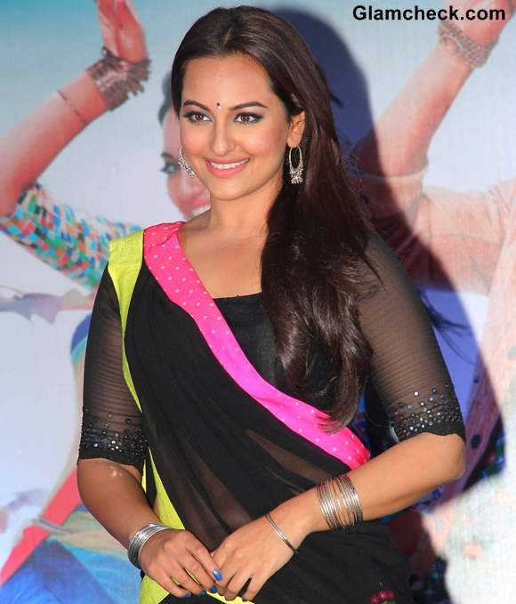 Sonakshi Sinha 2013 Pictures at  Music launch of R Rajkumar