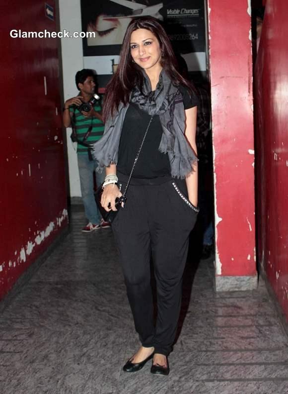 Sonali Bendre at Special Screening Gori Tere Pyaar Mein