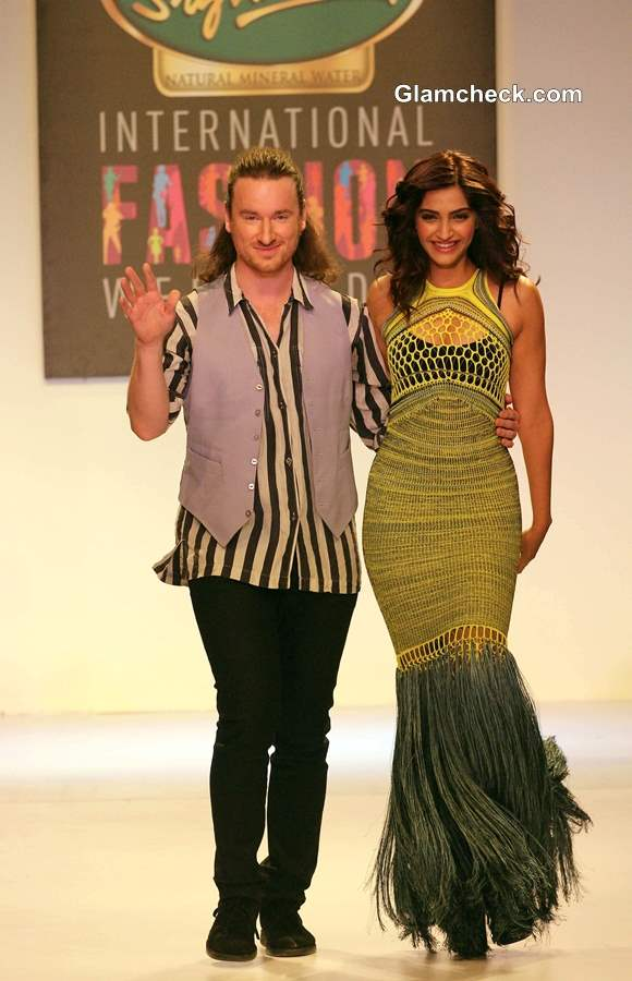 Sonam Kapoor in Mark Fast Fishtail Gown at SIFW 2013 – Day 1