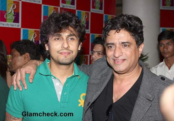 Sonu Nigam and Anand Raj Anand at Singh Saab the Great Music Launch