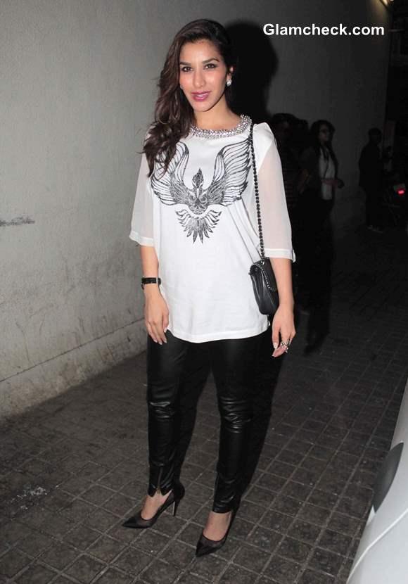 Sophie Choudry at Special Screening of Gori Tere Pyaar Mein