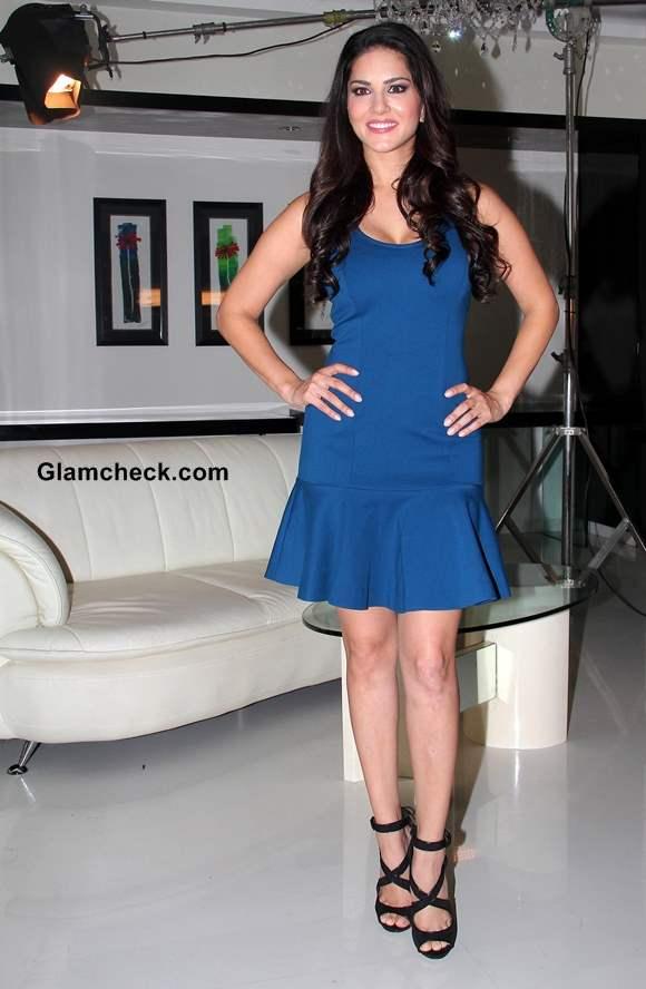 Sunny Leone Promotes Ragini MMS 2 in Blue Dress on MTV Webbed