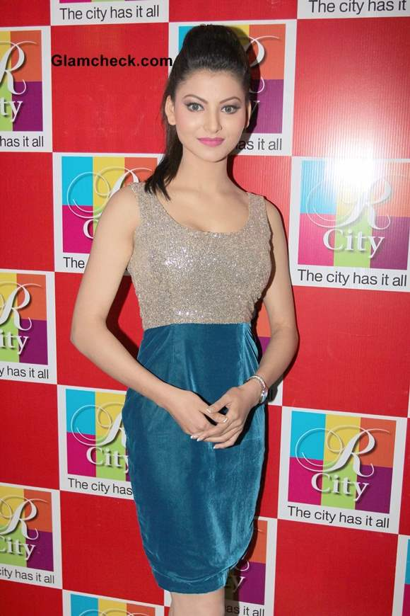 Urvashi Rautela Pictures at Singh Saab the Great Music Launch
