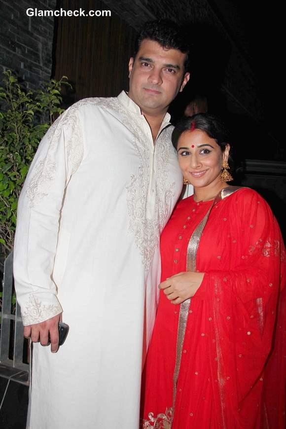 Vidya Balan with Siddharth Roy Kapur  at Aamir Khan Diwali Party