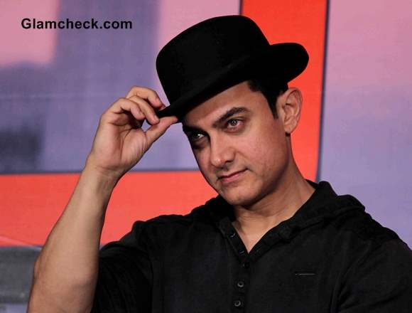 Aamir Khan Dhoom 3 Mumbai Press Conference Ahead of Premiere