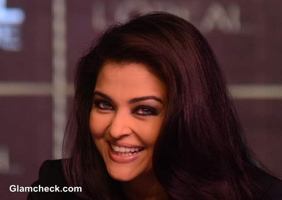 Aishwarya Rai Bachchan 2013 Pics