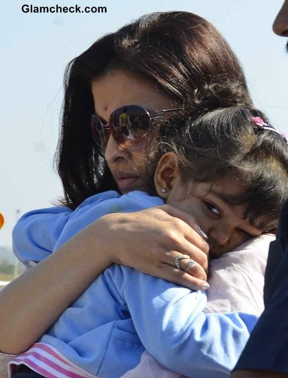 Aishwarya Rai Daughter Aaradhya Pictures
