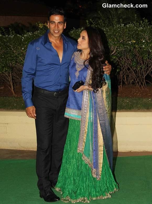 Akshay Kumar and Rani Mukherjee at Vishesh Bhatt wedding reception