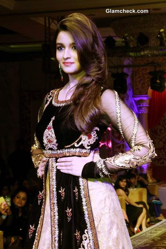 Alia Bhatt Khwaab Bridal Couture 2013