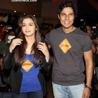 Alia Bhatt and Randeep Hooda Unveil Highway Trailer in Mumbai