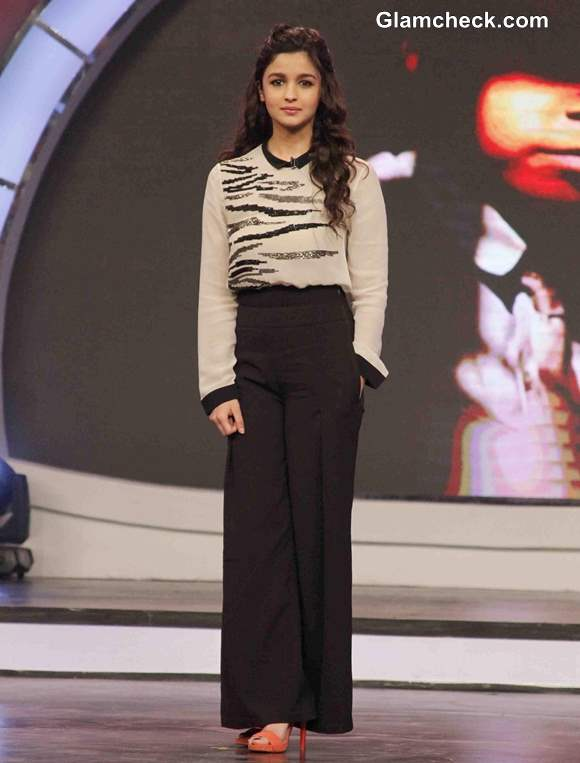 Alia Bhatt for NDTV and Vedantas Our Girl Our Pride Campaign
