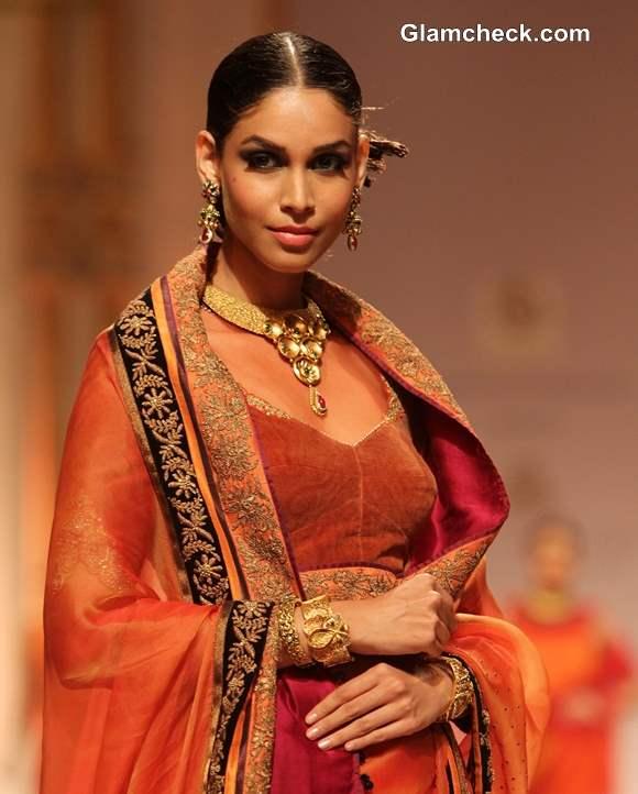 Azva Jewelry IBFW 2013 Mumbai