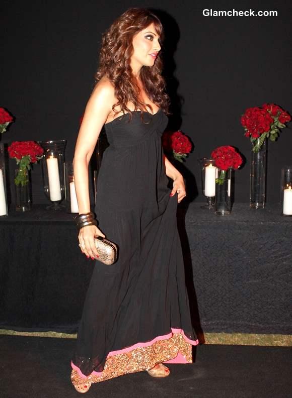 Bipasha Basu at Deepika Padukone Success Party 2013