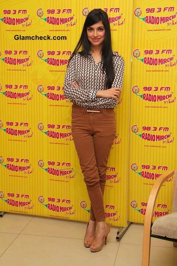 Bollywood filmmaker Divya Khosla Promotes Yaariyan