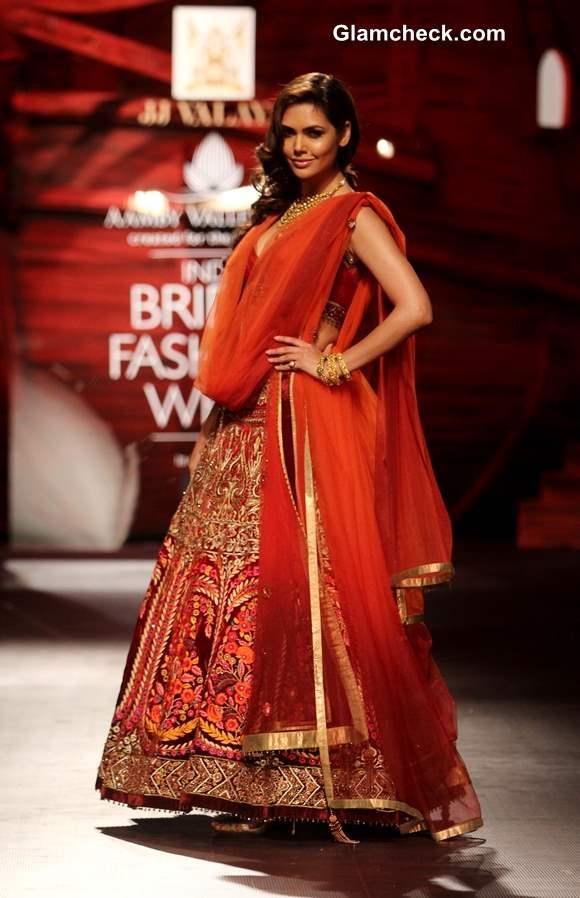 Esha Gupta at the JJ Valaya show IBFW 2013 Mumbai