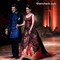 Genelia and Riteish for Neeta Lulla IBFW 2013 Mumbai