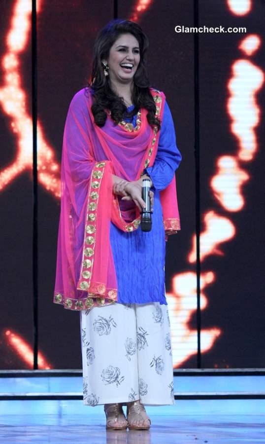 Huma Qureshi Promotes Dedh Ishqiya on Dance India Dance