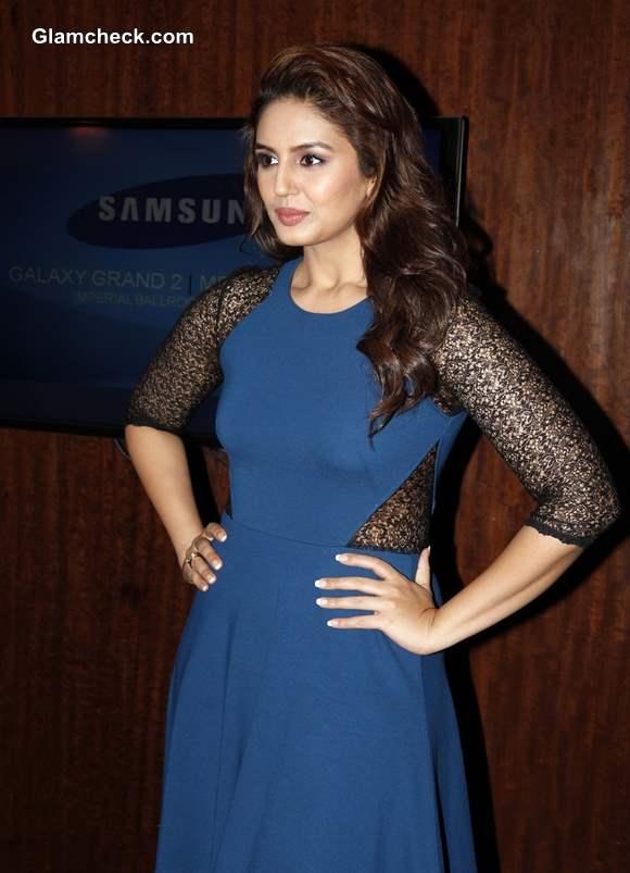 Huma Qureshi at Samsung GALAXY Grand 2 Launch in Mumbai