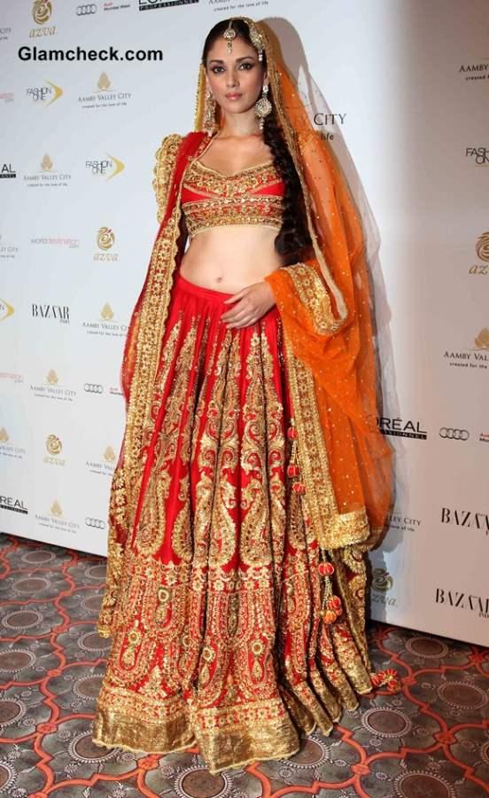 IBFW 2013 Aditi Rao Hyadri in lehenga for Preeti Misharm Kapoor