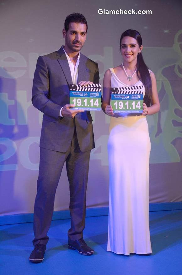 John Abraham and Tara Sharma Gear Up for 11th Standard Chartered Mumbai Marathon 2014