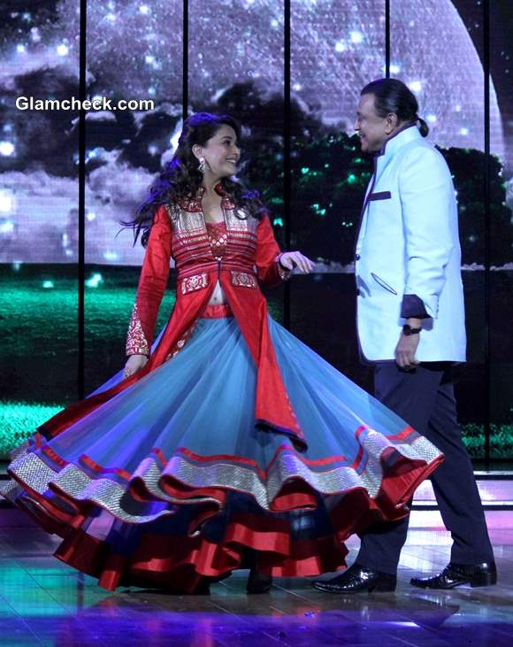 Madhuri Dixit Promotes Dedh Ishqiya Dance India Dance
