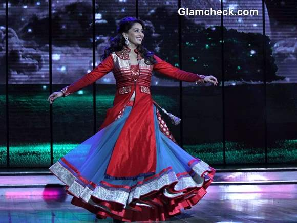 Madhuri Dixit in Red and Blue Legenha Promotes Dedh Ishqiya on Dance India Dance