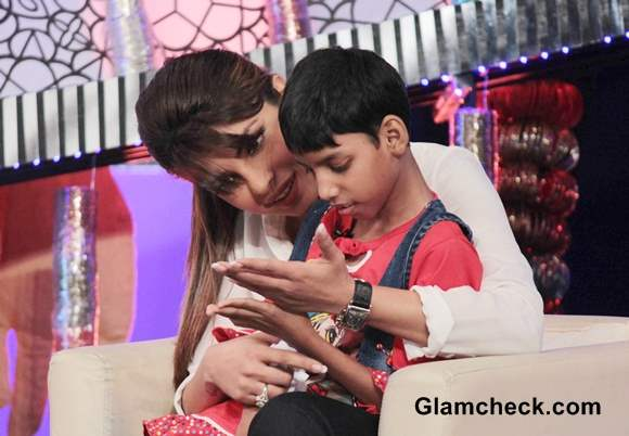 Priyanka Chopra Host NDTV Our Girl Our Pride Fund-raiser