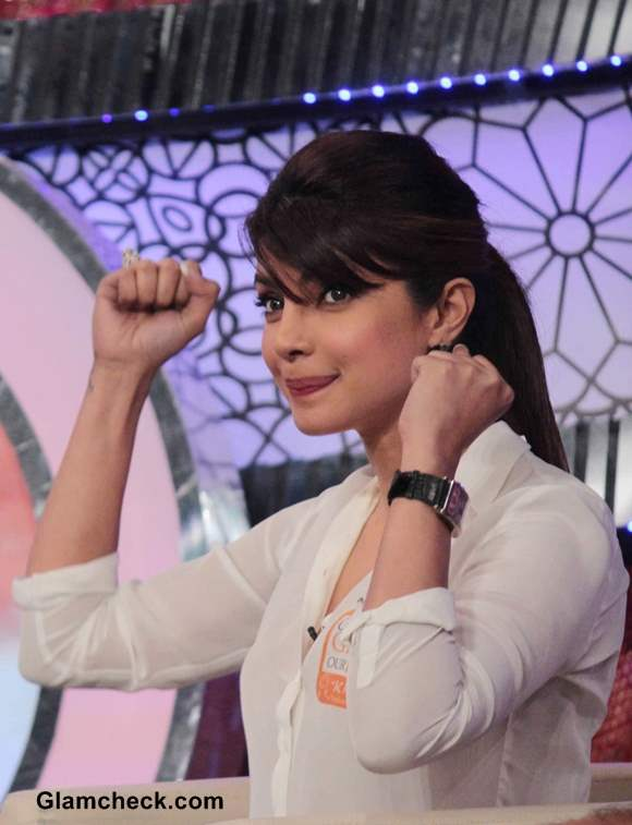 Priyanka Chopra Host NDTVs Our Girl Our Pride Fund-raiser