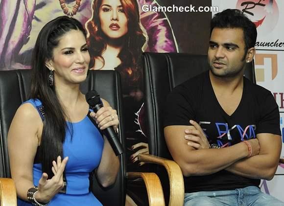 Sachin Joshi and Sunny Leone at Kolkatta to Promote Jackpot
