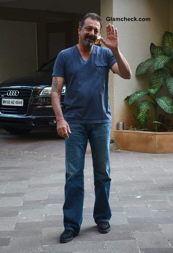 Sanjay Dutt Released on Parole pictures