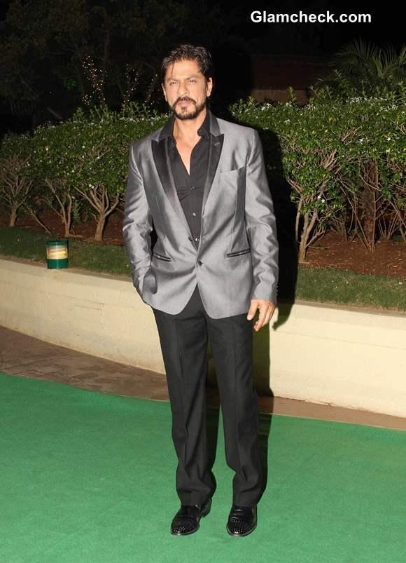 Shahrukh Khan  at Vishesh Bhatt wedding reception