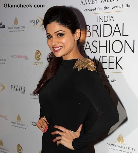 Shamita Shetty at India Bridal Fashion Week 2013