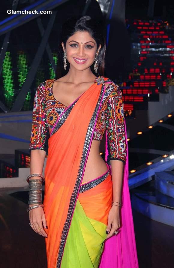 Shilpa Shetty in Color Block Sari on Nach Baliye 6