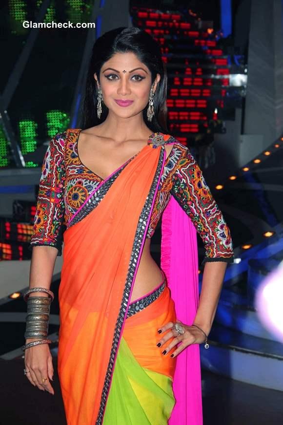 Shilpa Shetty in Gujrati Style Sari on Nach Baliye 6