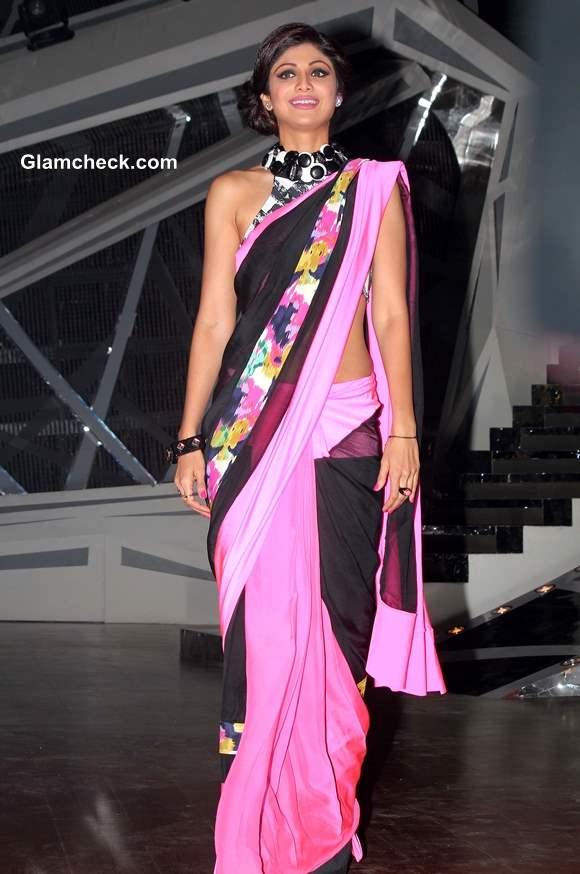 Shilpa Shetty in Pink and Black Sari on Nach Baliye 6