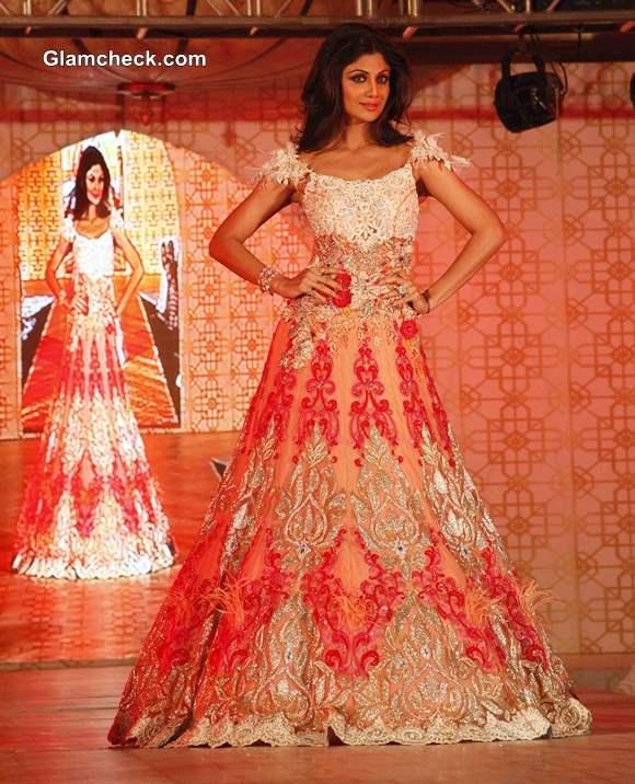 Shilpa Shetty in Rohit Verma Peach Lehenga at Marigold Watches Fashion Show