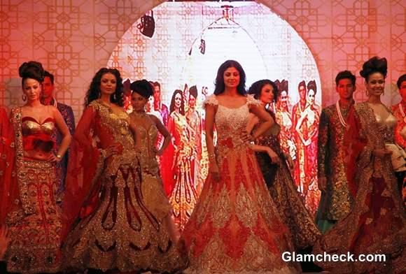 Shilpa Shetty in Rohit Verma at Marigold Watches Fashion Show