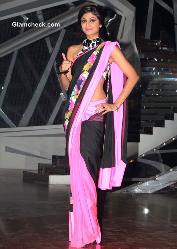 Shilpa Shetty in Yet Another Stunning Sari on Nach Baliye 6