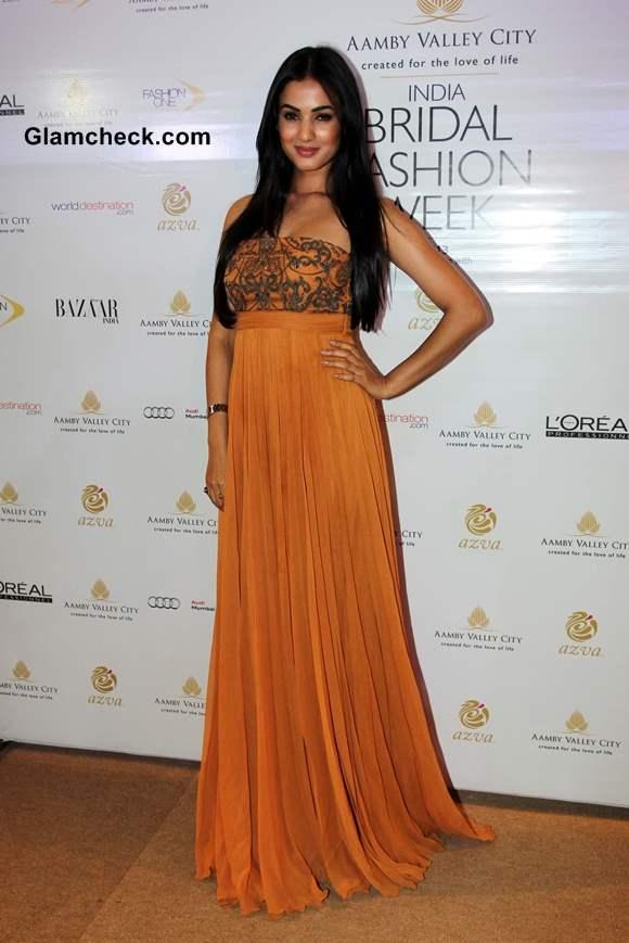 Sonal Chauhan at India Bridal Fashion Week 2013 Mumbai