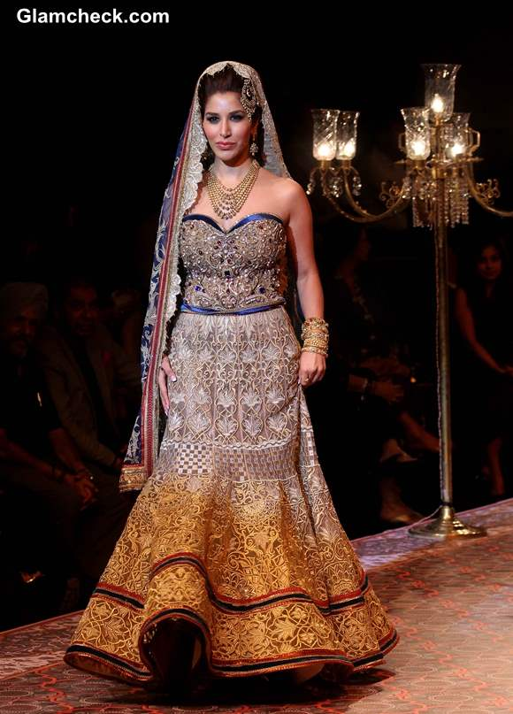 Sophie Choudry India Bridal Fashion Week 2013 Mumbai