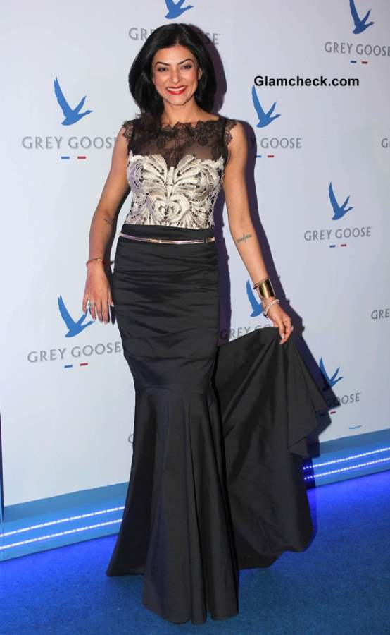 Sushmita Sen In Black Gown at The second edition of the Grey Goose Style Du Jour