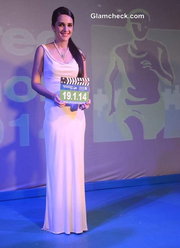 Tara Sharma 11th Standard Chartered Mumbai Marathon 2014