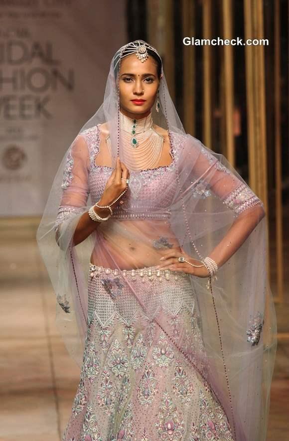 Tarun Tahiliani Bridal Wear Collection at  IBFW 2013