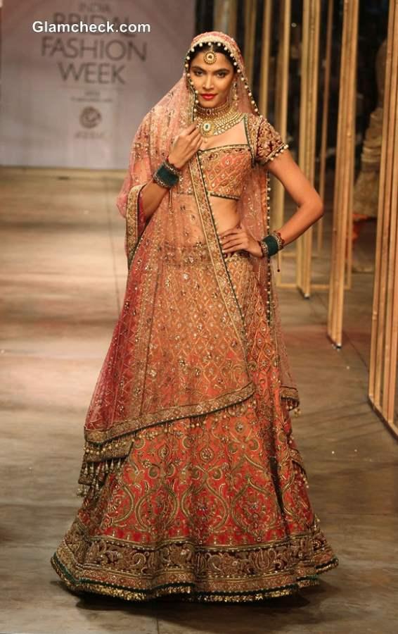 Tarun Tahiliani Traditional Bridal Wear Collection IBFW 2013