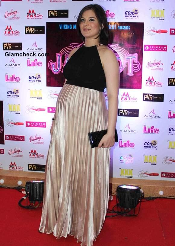 Urvashi Joshi Sachin Joshi Wife